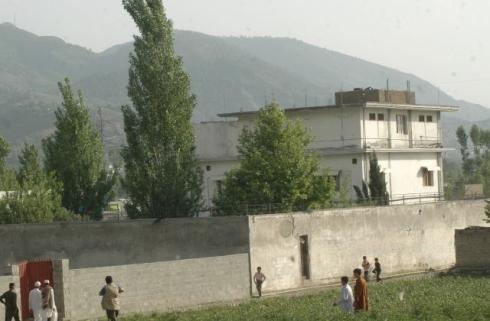 Osama_bin_Laden_compound1